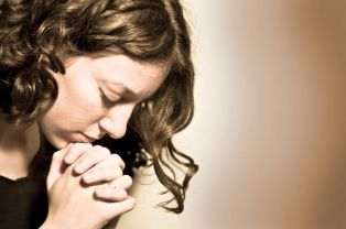 Girl Praying Image